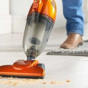 the-pros-and-cons-of-bagless-vacuum-cleaner